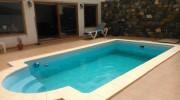 Chalet con piscina en Mezquez